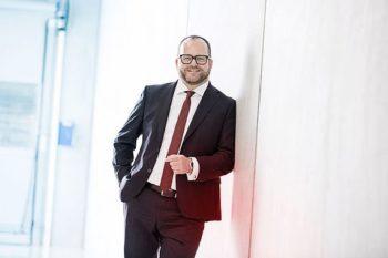Dr. Gunther Wobser